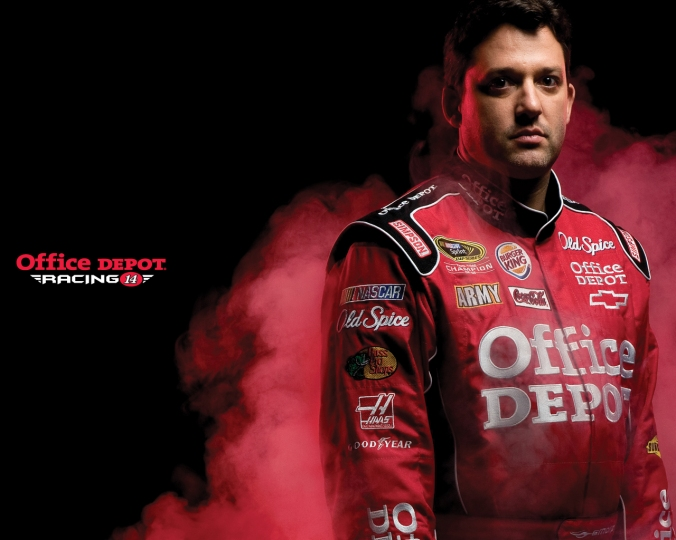 tony-stewart-14-background1